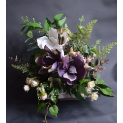 Kompozycja z magnolią