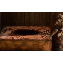 Chustecznik drewniany zdobiony